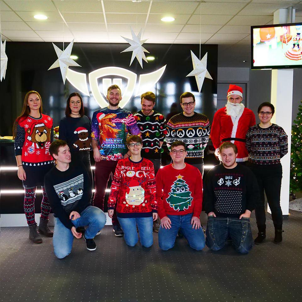 Konkurs na najbrzydszy świąteczny sweter